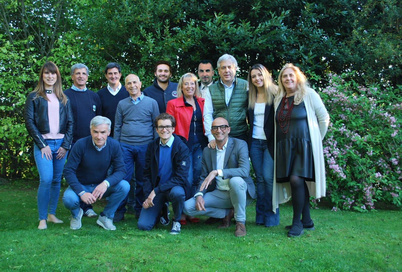 Tutti i candidati della lista Prospettiva Comune, capitanati da Sandro Vergani