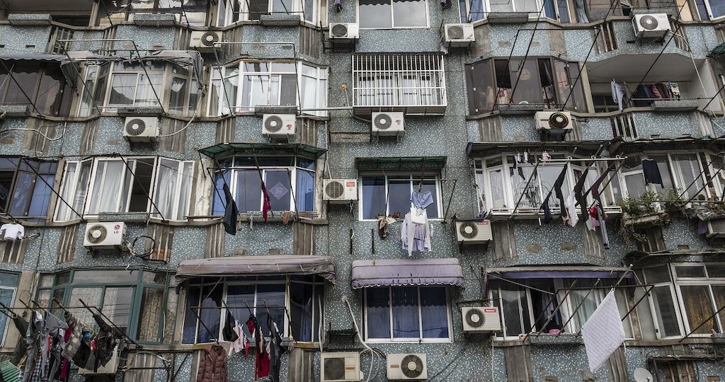 Condizionatori d'aria per ogni appartamento del palazzo: e il riscaldamento globale?